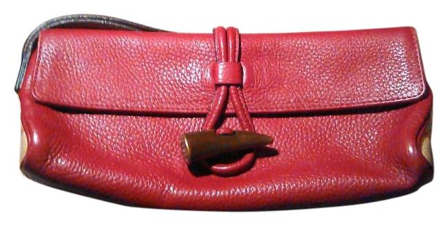 Item - Pebbled Burgundy Red Leather Clutch