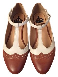 Crown Vintage Oxford Brown and Cream Flats