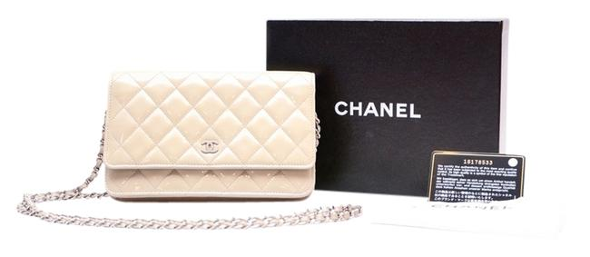 Item - Woc Grey/ Pearl White Patent Leather Clutch