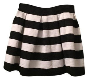 Express Mini Skirt Black/white