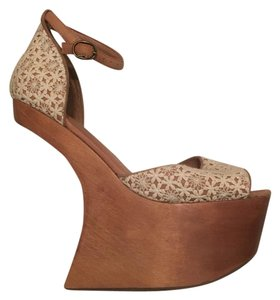 Jeffrey Campbell Creme and brown Platforms