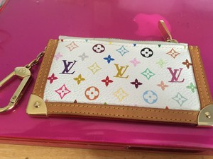 Louis Vuitton leather lv key chain holder
