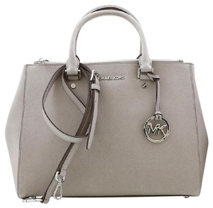 Michael Kors Mk Saffiano Leather Sutton Saffiano Mk Sutton Large Mk Gray Large Satchel in PEARL GRAY/SILVER HARDWARE