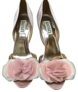 Badgley Mischka Bridal Heel Satin Wedding Pink Pumps