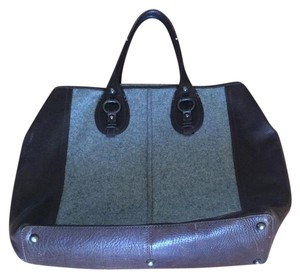 Tote in Black And Gray