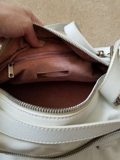 Marc Jacobs Shoulder Tote in White Image 1