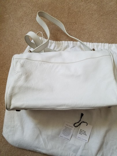 Marc Jacobs Shoulder Tote in White Image 3