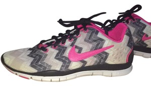 Nike Free Womens Black white gray pink Athletic