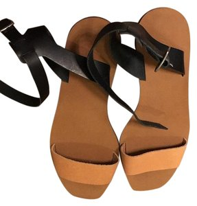 Madewell Black and tan Sandals