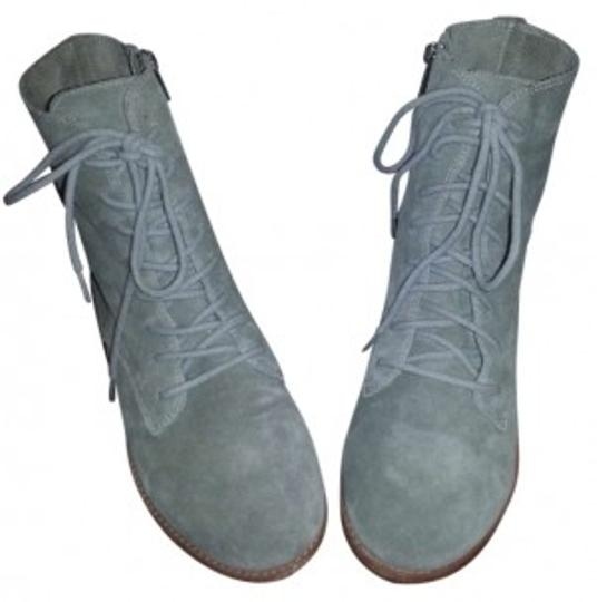 Preload https://img-static.tradesy.com/item/190370/gap-grey-combat-bootsbooties-size-us-8-0-0-540-540.jpg