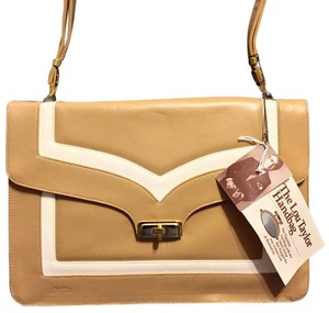 Lou Taylor Satchel in Tan