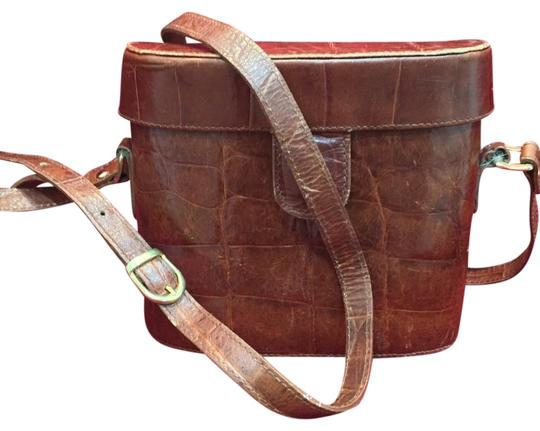 Preload https://img-static.tradesy.com/item/19039195/gantos-domanni-for-made-in-italy-vintage-brown-leather-cross-body-bag-0-1-540-540.jpg