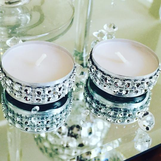 Dazzling tea lights wedding decorations