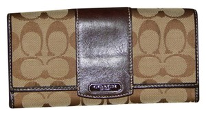 Coach Coach Clutch Wallet Khaki Tan Brown Stripe Signature C Leather