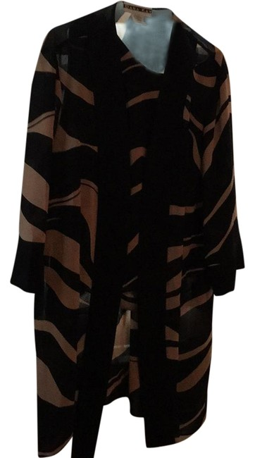 Item - Black and Bwige Tunic Size 22 (Plus 2x)