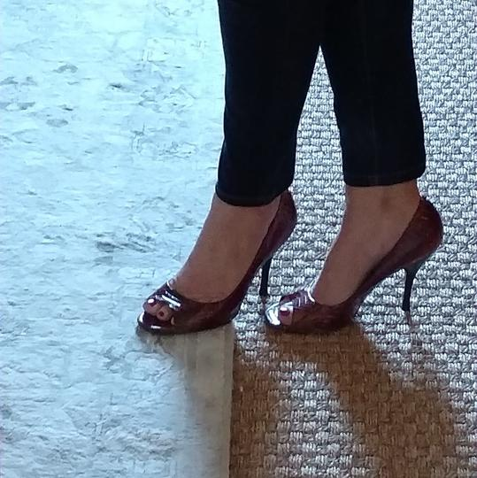 BCBGeneration Peep Toe burgandy and gold Pumps