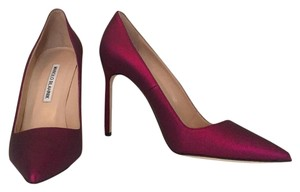Manolo Blahnik Red Wine Pumps