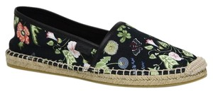 Gucci Canvas Black floral Flats