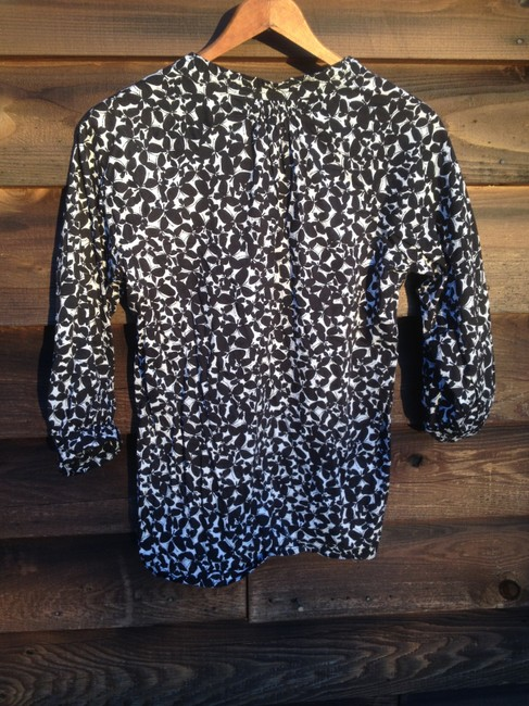 Other Top Black and white dark floral