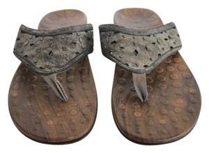 Vionic Pewter Sandals
