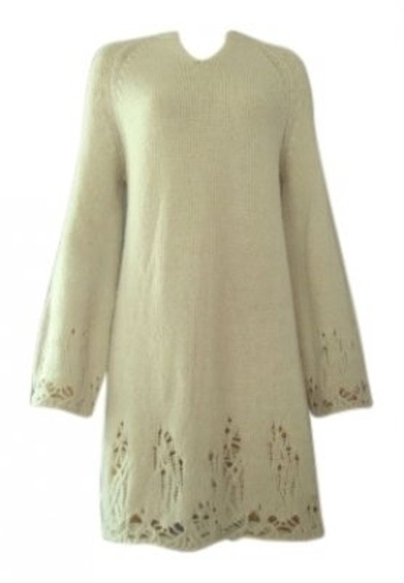 Preload https://item2.tradesy.com/images/bcbgmaxazria-cream-sweater-knee-length-short-casual-dress-size-6-s-19051-0-0.jpg?width=400&height=650