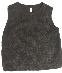 Xhilaration Crop Embroidered Floral Shell Top Black