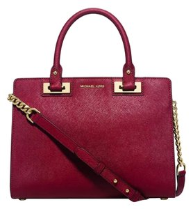 Michael Kors Quinn Satchel in Cherry