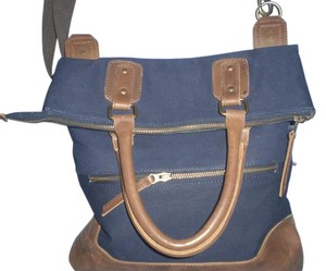 UNITED BY BLUE Tote in Blue/TAN