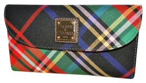 Dooney & Bourke Tartan Plaid Green Continental Wallet