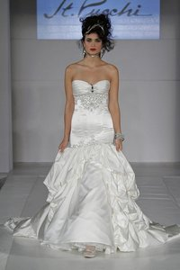 St. Pucchi 9355 (17) Wedding Dress