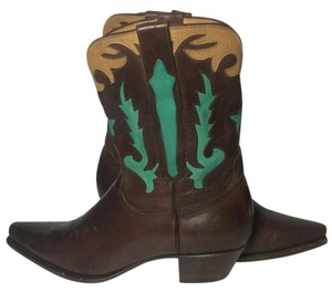 Charlie 1 Horse Brown Boots