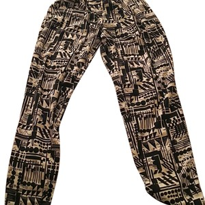 Baggy Pants Black and white