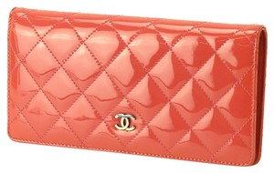 Chanel Chanel Coral Patent Leather Quilted Silver CC Clutch Wallet in Box