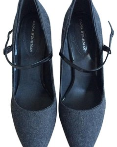 Dana Buchman Black, grey Pumps