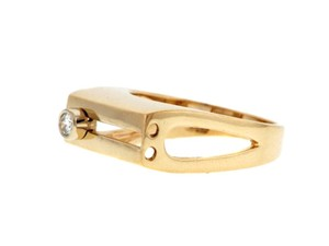 Very COOL - Moving diamond gold ring (diamond slides up and down)