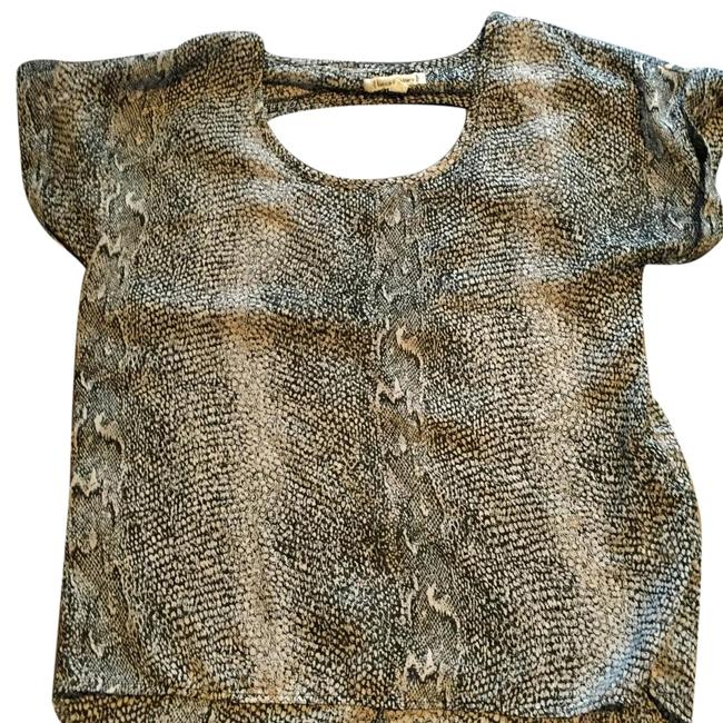Preload https://img-static.tradesy.com/item/19061641/lucca-couture-printed-snake-print-blouse-size-4-s-0-1-650-650.jpg