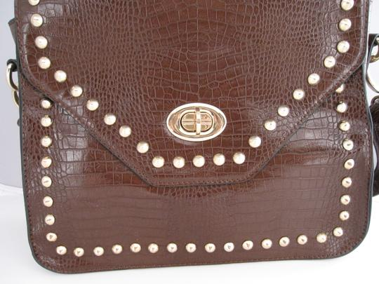 Charming Charlie Alligator Shoulder Bag Image 1
