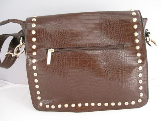 Charming Charlie Alligator Shoulder Bag Image 2