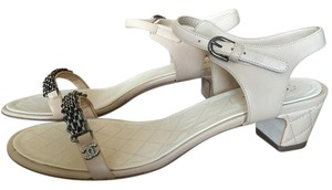 Chanel Size 42 Beige Sandals