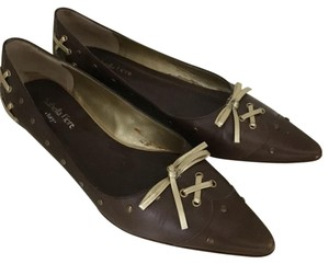 Isabella Fiore Brown Flats