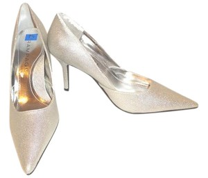 Rampage Special Occasion silver Pumps