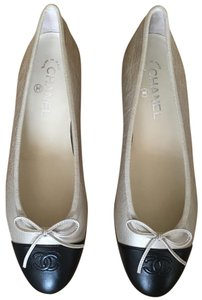 Chanel Ballet Ballerina Light Gold Flats