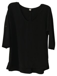 Old Navy Flowy Convertible Sleeves V-neck Hi Lo Top Black