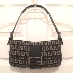 Fendi Hobo Signature/logo Monogram/canvas Design Handbag Shoulder Bag