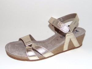 Mephisto Minoa Wedge Gold Sandals