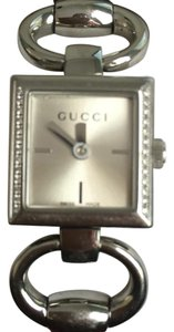 Gucci GUCCI - Silver / Stainless Steel Bangle Watch with Diamond Accent