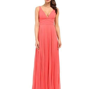 Laundry by Shelli Segal Flowy Pleated V-neck Evening Dress