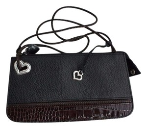 Brighton Pebbled Small Black and Brown Clutch