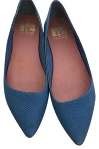 BC Footwear Pointed Toe Blue Flats
