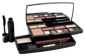 Other Lancome Make Up - Absolu Voyage Complete Makeup kit (1x Powder, 1x Blush, 2x Concealer, 6x EyeShadow....)
